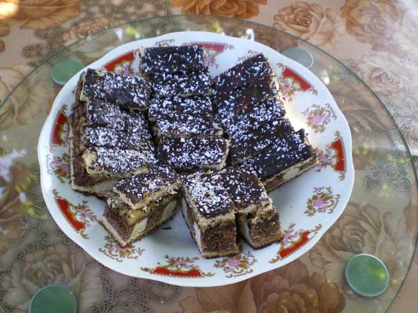 Csiki csikos (prăjitură cu dungi)