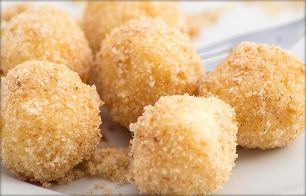 Gomboţi (găluşte cu brânză dulce)