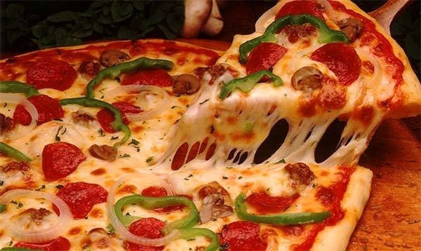 Pizza-cu-cascaval-5